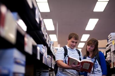 UK Undergrad in library